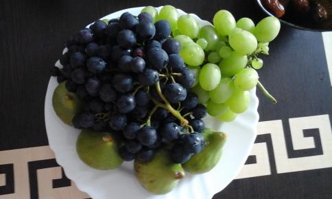 FigsGrapes.jpg
